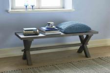 Sitzbank aus Eichenholz massiv im Landhausstil in 140 cm Länge