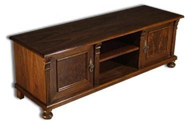 tv schrank lowboard nussbaum furniert landhausstil kaufen bei country bohemia s r o. Black Bedroom Furniture Sets. Home Design Ideas