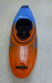 Tahe Marine Supersonic PE Kinderkajak Creeker Wildwasserkajak orange/blau