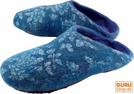Filzhausschuhe `Blümchen` blau