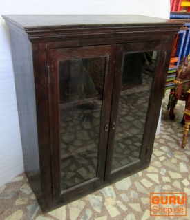 glas schrank vitrine kolonialstil kaufen bei guru shop gmbh. Black Bedroom Furniture Sets. Home Design Ideas