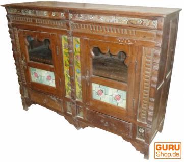 kommode sideboard mit glast ren vintage design kaufen bei guru shop gmbh. Black Bedroom Furniture Sets. Home Design Ideas