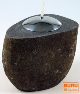 Öllampe aus Flußstein