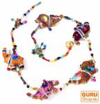 Mobile Stofftierkette aus Indien