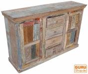 Antike-Teakholzkommode mit Blockdruckstempeln
