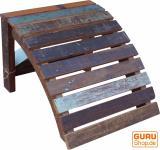 Fußbank aus Recyclingholz