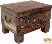Truhe aus Recycle Holz