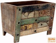 Verzierte Holzbox