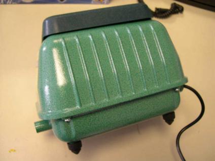 Membran - Ausströmer - Pumpe Belüfter Teichbelüfter -4200 l/h- sehr leise
