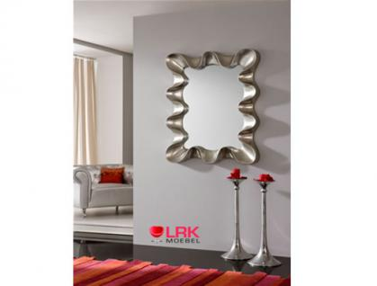 moderner wandspiegel holz blütenblätter schlafzimmer deko