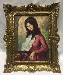 Gemälde Die Dame in Rot gerahmte Bild 56x46 Bild Frau Bild mit Rahmen Barock
