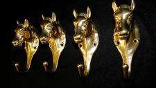 4x Wandhaken Kleiderhaken Haken MESSING Pferdekopf Gold Antik Garderobenhaken
