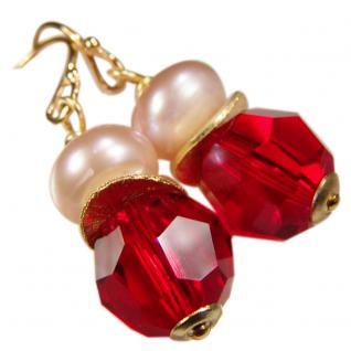 Ohrhänger mit SWAROVSKI Elements, Süßwasserperle und Silber vergoldet. Rot