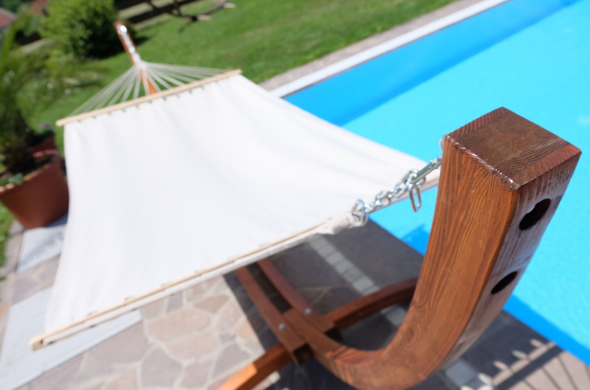 350cm h ngemattengestell lucia aus holz l rche mit stab h ngematte kaufen bei as handelsgmbh. Black Bedroom Furniture Sets. Home Design Ideas