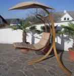 DESIGN Hängesessel NAVASSA mit Gestell aus Holz Lärche komplett mit Hängeliege und Dach