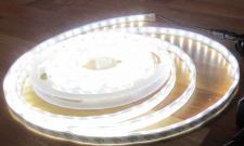 LED STRIP STRIPE STREIFEN LEISTE 300 LED 5mt neutralweiß natur weiss, wasserfest IP65, 12Volt (ohne Netzteil), 1350Lumen