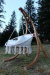 DESIGN Hängesessel mit Gestell aus Holz Lärche Modell: CATALINA komplett mit großem Stoffsessel