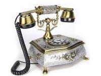 Nostalgisches altes Telefon mit neuer Technik 1823