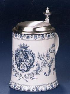 Porzellan Bierkrug 0, 5l Wappen blau