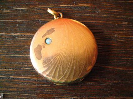 klassisches nostalgisches Jugendstil Medallion Anhänger gold echter Opal rund