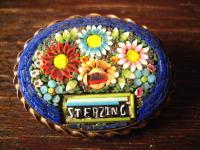 Souvenir Andenken Mitbringsel Sterzing Tirol große Millefiori Brosche mit Blüten