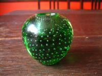 kleiner vintage Kerzenständer grün mit Luftblasen Überfangglas Holmegaard