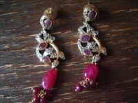 Kronjuwelen gesucht ? Prächtige Ohrringe Hänger Rubin Zirkonia 925er Silber gold