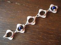 ausgefallenes Vintage Designer Armband original 70er Jahre blaue Steine silber