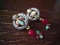 Kronjuwelen gesucht ? starke Ohrringe Hänger Rubin Smaragd Zirkonia 925er Silber