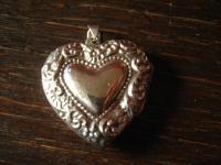traumhaft verzierter Herz Medallion Anhänger 925er Silber beidseitig verziert