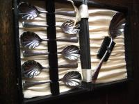 elegantes Vorlegebesteck Dessertbesteck 6 + 1 Desserlöffel silber chrom England