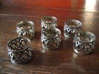 6 Stück zeitlos elegante Serviettenringe mit Durchbruch Muster silber pl England