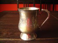 überreich gravierter Silberbecher Pub Becher witzig als Blumenvase silber pl England