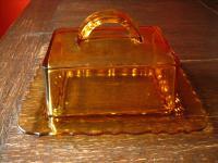 herrliche Art Deco Butterdose Platte mit Haube Käseglocke schweres Glas braun