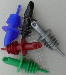 5 Ausgießer für 0, 7 - 1 Liter Flaschen in 5 ver. Farben