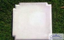 BD-011 Balustradenteil Pfeilerabdeckplatte Eckpfeiler Weissbeton Platte