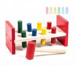 Klopfbank aus Holz, 8 Stifte, Hammer, trainiert Motorik und Farberkennung Maße ca. 23 x 9 10, 5 cm