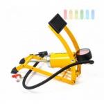Fußpumpe von Dunlop mit Manometer, Skala in PSI/Bar, 1 Zylinder, 3 Adapter, Klarsichtbox, gelb