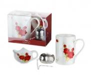 Tassen Set im Rosendesign aus Knochenporzellan und Teeei, 300 ml