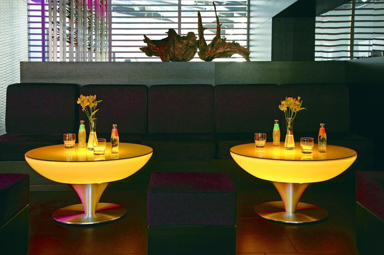 Moree lounge tisch beistelltisch inkl glasplatte pro for Lounge tisch