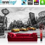 liwwing Vlies Fototapete 208x146cm PREMIUM PLUS Wand Foto Tapete Wand Bild Vliestapete - New York Tapete Stadt Taxis Uhr New York schwarz weiß - no. 2661
