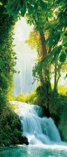 Türtapete Wasserfall im Wald