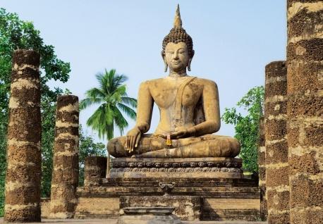 Fototapete Buddha aus Stein, in altem Tempel, 8teilig