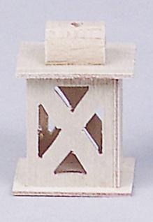 Laterne Holz mit Kreuz
