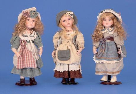 Puppe Mädchen mit Zertifikat