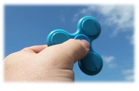 Fidget Spinner Fingerkreisel mit LED, sortierte Ware, 1 Stück