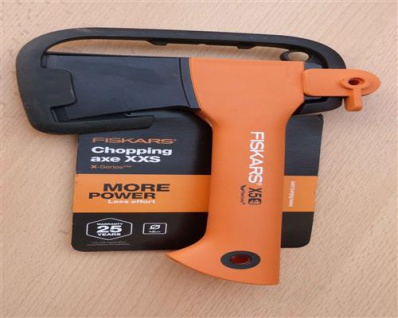 Fiskars ®, Freizeitbeil X5 mit Kunststoffschutz (10753#