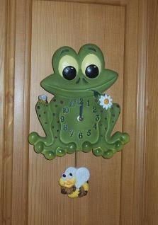 Pendeluhr Frosch mit Biene