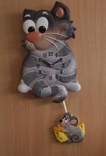 Pendeluhr Katze mit Maus