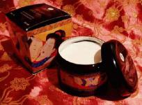 Shunga ,Vanilla Fetish - essbare Massage-Creme